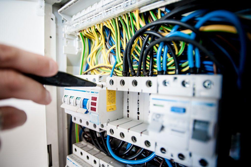 Stromkasten, Schaltkasten, Strom, Kabel